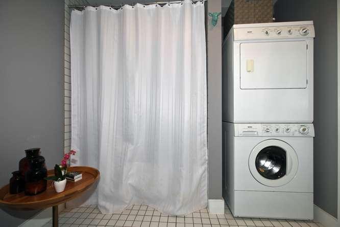 115326 Carlaw Ave Toronto ON-small-017-15-Laundry-666x444-72dpi.jpg
