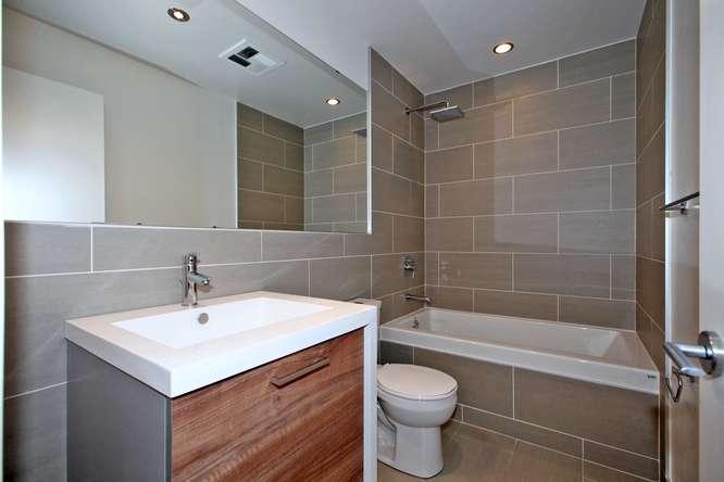 1201 Dundas Street E Unit 501-small-017-8-Bathroom-666x444-72dpi.jpg