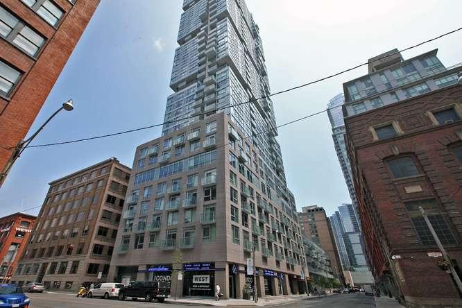 30 Nelson St Unit 423 Toronto-small-001-5-Exterior-666x444-72dpi.jpg