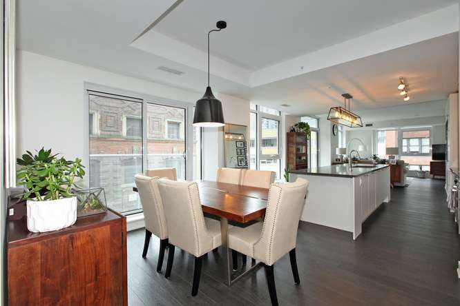 30 Nelson St Unit 423 Toronto-small-011-12-Main Living Area-666x444-72dpi.jpg