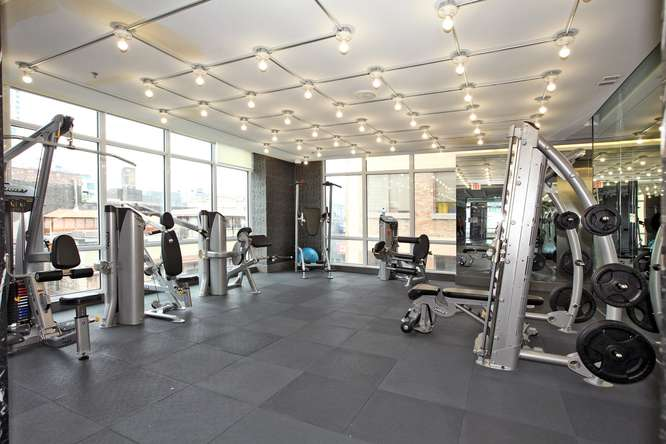 30 Nelson St Unit 423 Toronto-small-029-9-Building  Exercise Room-666x444-72dpi.jpg