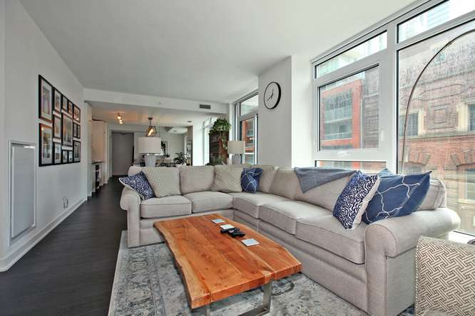 30 Nelson St Unit 423 Toronto-small-012-18-Main Living Area-666x444-72dpi.jpg