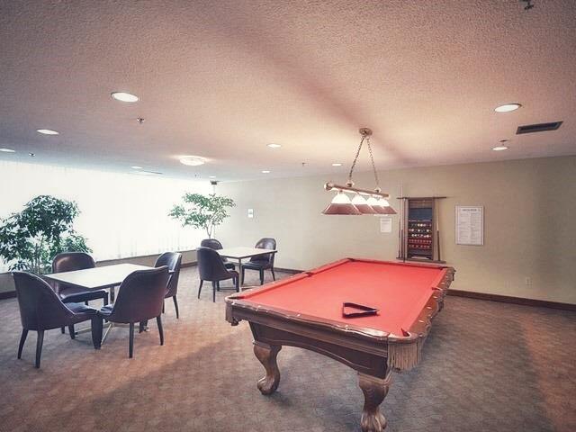 24 Hanover- games room.jpg