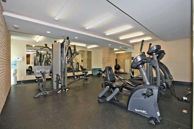39 Sherbourne 302 Toronto ON-small-021-19-Building  Exercise Room-666x444-72dpi.jpg
