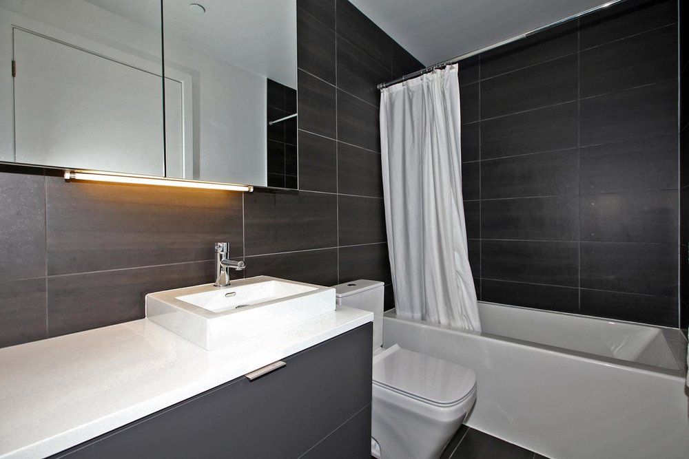 170 Bayview Avw Unit 410-large-025-3-Bathroom-1500x1000-72dpi.jpg
