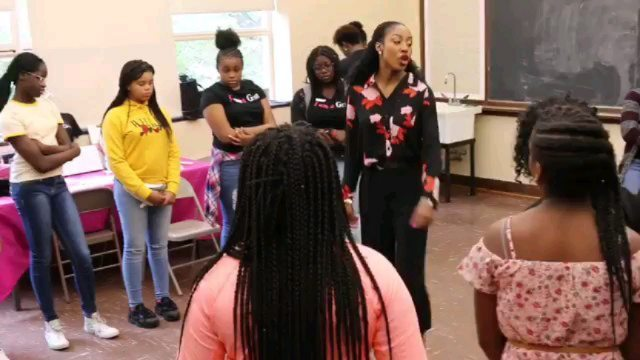 Our Back to School Day was amazing. Thanks to Ms Chardelle Moore for sharing and speaking to our girls on Self-confidence, Goals, Public Speaking and Positive Affirmations. The girls were super engaged and had an amazing time. ▫️ The day started off with a zumba exercise and our zumba instructor for the day shared on the benefits of being active, as young ladies. ▫️ Our incredible team members and mentors taught the girls on the importance of being organized, shared some tips on how to stay organized throughout the school year, tidy lockers and rooms. (The girls have an organize your locker/closet challenge). ▫️ They finished up with a Self Discovery session. ▫️ It was truly a packed and impacting day. ▫️ #womenmentoringgirls #makemeagem #thegemzinc #mentoring #nonprofit