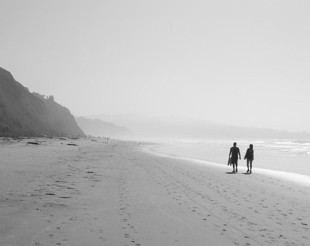 Matt-Sampson-Photography-San-Diego-California-La-Jolla-Beach-black-and-white-morning-simplicity.jpg