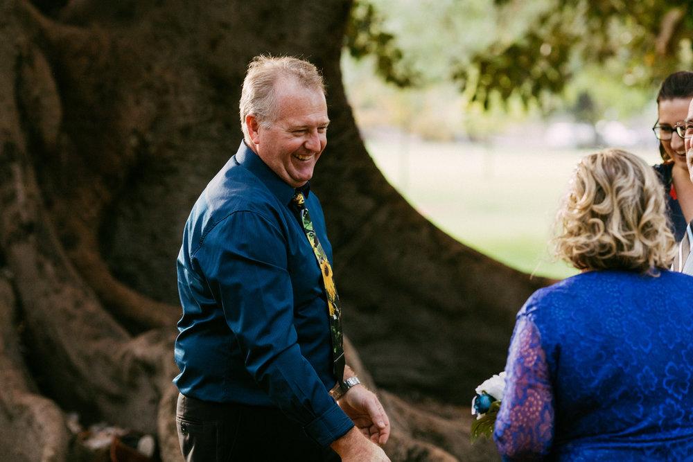 Adelaide Botanic Park Elopement 012.jpg