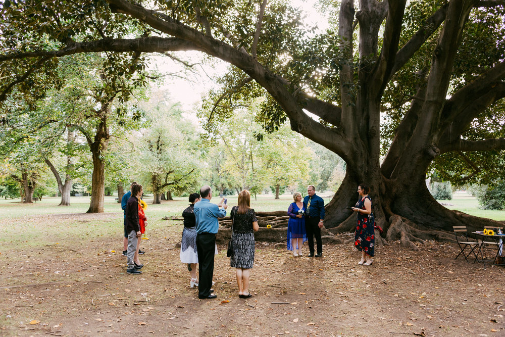 Adelaide Botanic Park Elopement 015.jpg