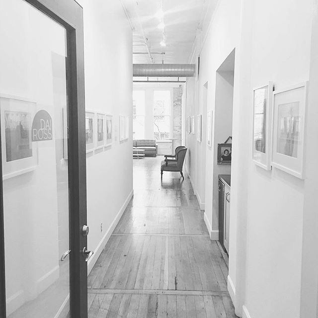 #throwbackthursday to our first Member's Showcase during First Thursday Pioneer Square Artwalk in March.  #📷 @dairossimageco . . . #artwalk #seattle #pioneersquare #photography #creativespace #photographystudio #art #photoart #picoftheday #tbt