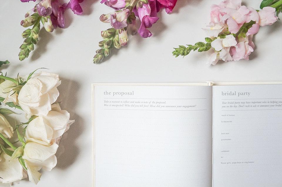 C-sm-little-white-book-wedding-organiser-diary.jpg