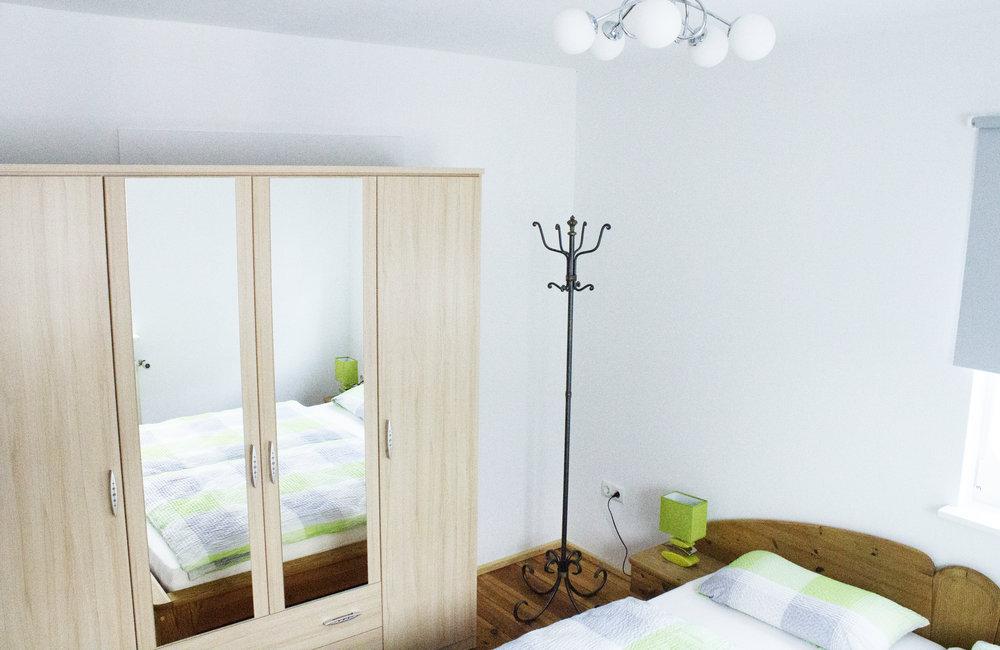 heller schlafzimmer.jpg
