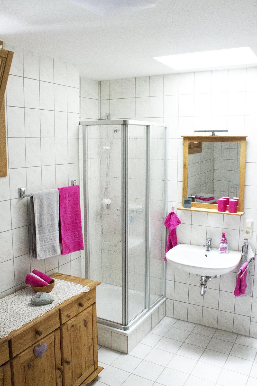 heller dusche.jpg