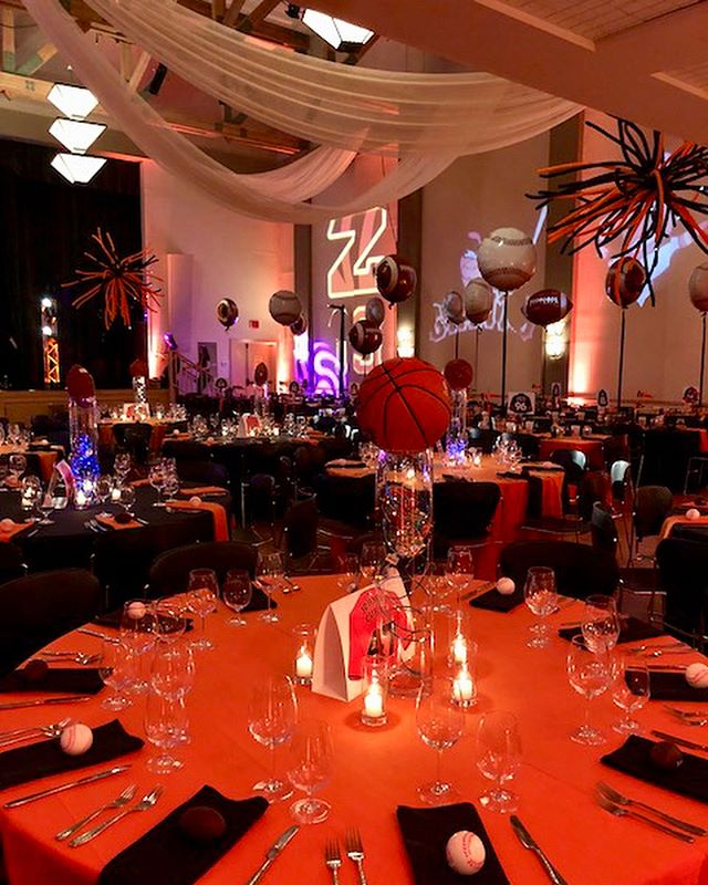 Sports-themed Bar Mitzvah for Sam, a big @sfgiants and @bengals fan! 🖤🧡🖤🧡 . . . #barmitzvah #mitzvah #bengals #sfgiants #orangeandblack #blackandorange #event #events #eventdesign #eventplanner #eventdecor #eventdesigner #partypanner #partytime #sports #shalom #sportstheme #mazeltov #marineventplanner #marinevents #marin #bayareaevents #bayareaeventplanner