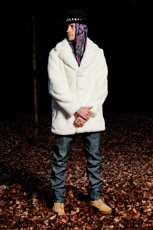 Look #1: Stetson x PROPER GANG Ranch Hat, Fur Coat, Five Pocket Jean
