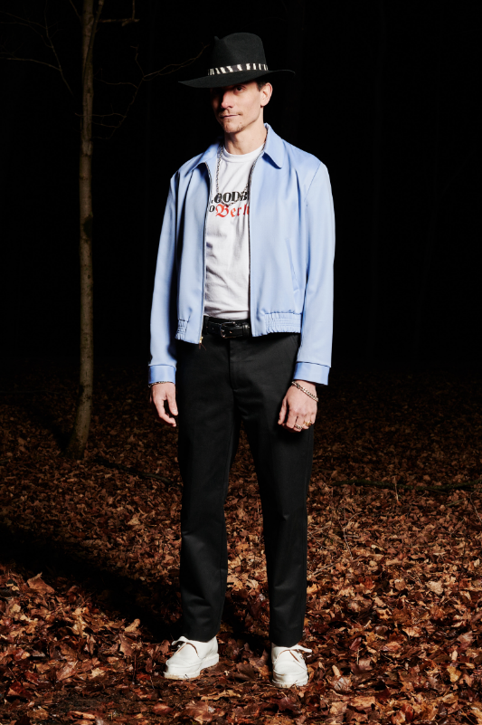 Look #6: Gabardine Jacket, Goodbye T-Shirt, Leisure Pant