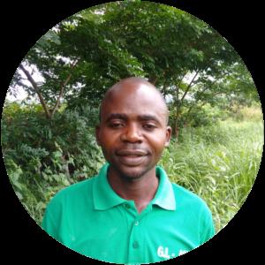 Philippe Nkunku   (technicien apicole)    Résonsable volet apiculture/ site Ibi/ projet Synapic     📞+243  818756142   ✉    philinkunku@gmail.com