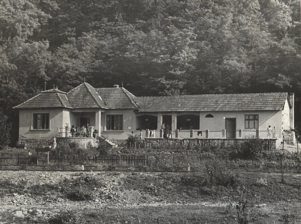 The house that,  between 1938 and 1978, gave home to the Kingdom Pipecland - 1957, Bánk, Hungary