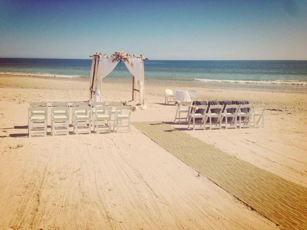 Beach wedding ceremonies with Modern Celebrants Adelaide