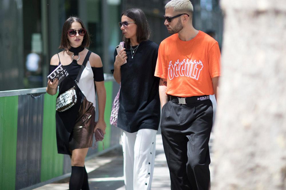 paris-fashion-week-mens-spring-2018-street-style-31-1.jpg