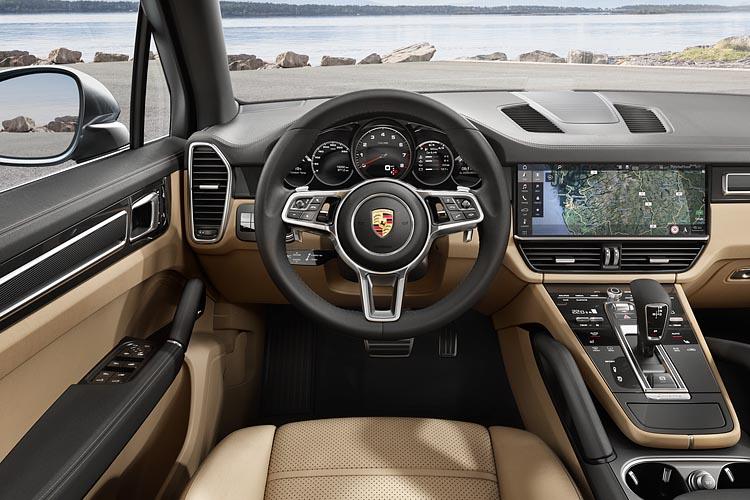 2019-Porsche-Cayenne-dtkmen.jpg