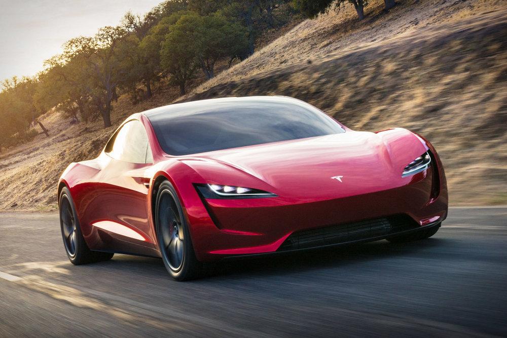 Tesla-roadster-DTKMEN.jpg