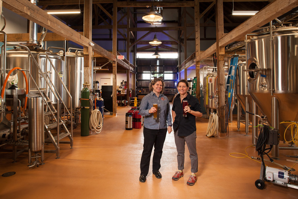 Nicole Carrier, GM and Annette Lee, Brewer Throwback Brewery North Hampton, NH Established in 2010
