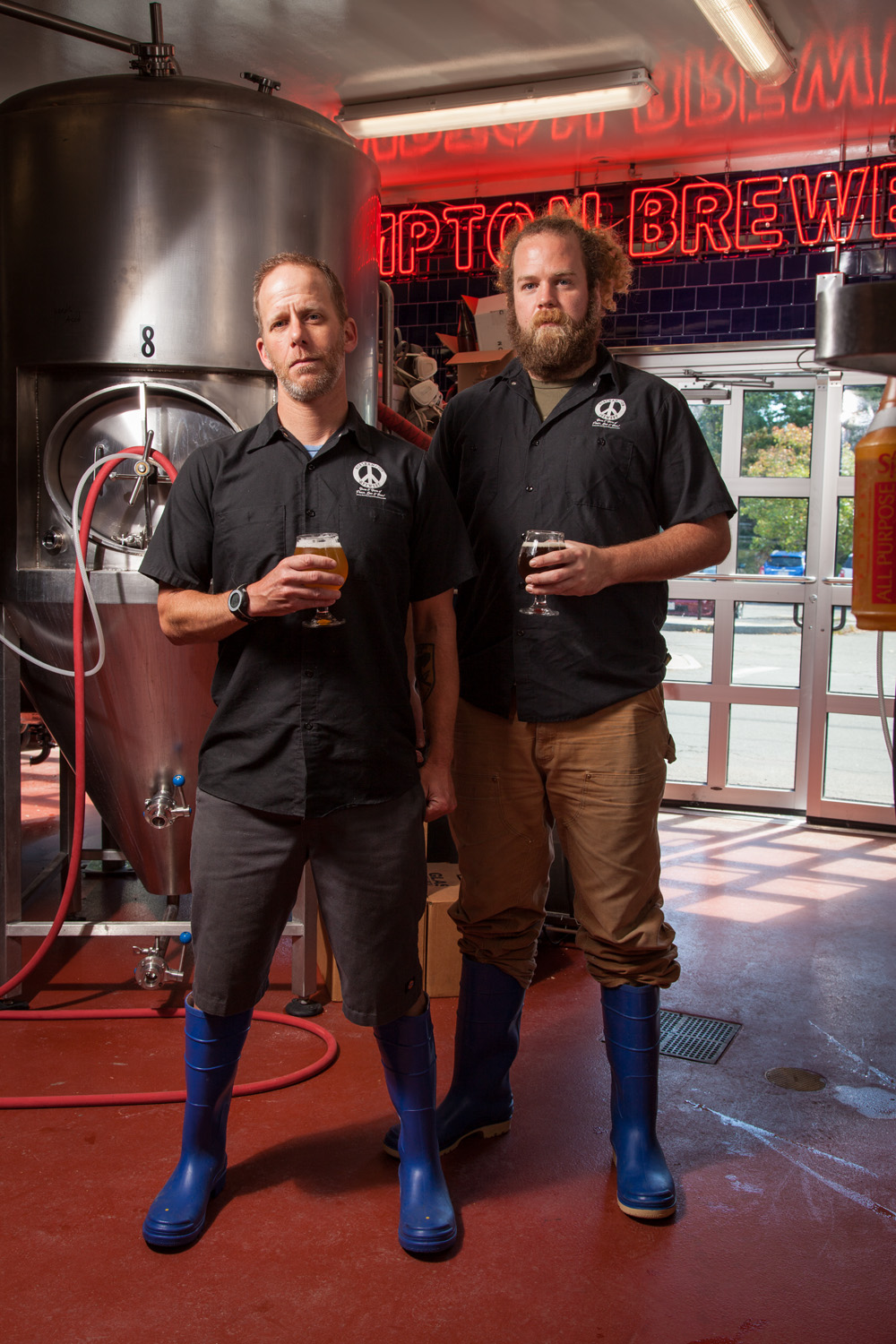Donald (Boog) Patcher, Head Brewer and Steve Bilodeau, Assistant Brewer Northampton Brewery Northampton, MA Established in 1987. NOHO is the oldest Brewpub in New England.