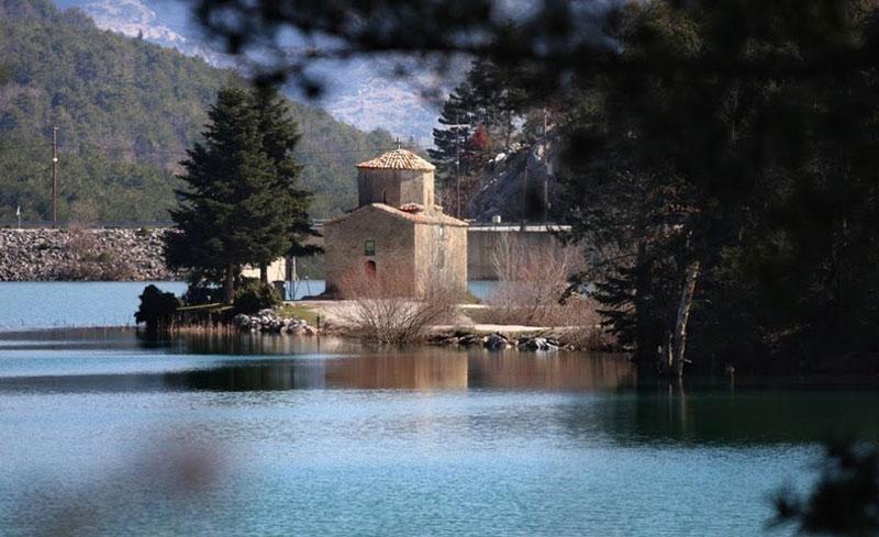 Agios Fanourios - Doksa Lake
