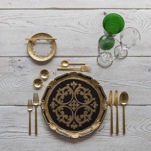 silkentile-green-inspiration-concept-gold-destination-wedding-islands-mykonos-elegant-7.jpg