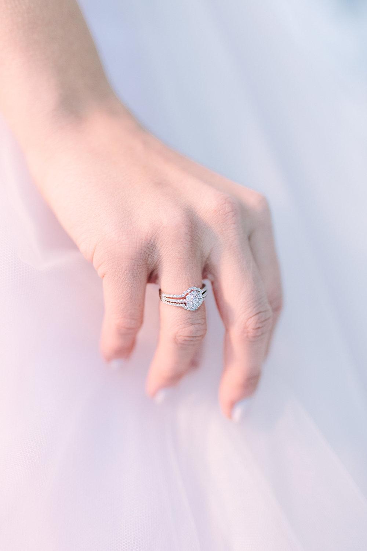 wedding-ring-diamonds-bride-dress-luxe-chic