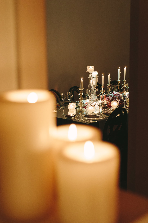 art-gallery-athens-dinner-party-luxury-mirror-dark-moody-concept-event-planner41.jpg
