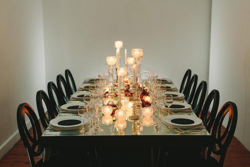 art-gallery-athens-dinner-party-luxury-mirror-dark-moody-concept-event-planner4.jpg
