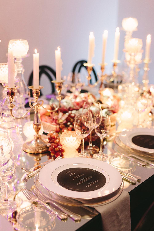 art-gallery-athens-dinner-party-luxury-mirror-dark-moody-concept-event-planner21.jpg