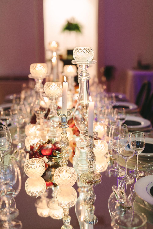 art-gallery-athens-dinner-party-luxury-mirror-dark-moody-concept-event-planner22.jpg
