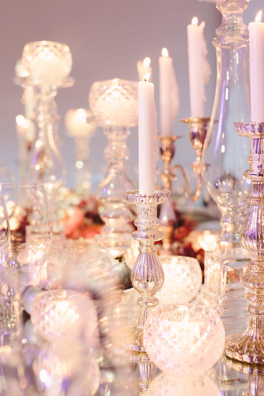 art-gallery-athens-dinner-party-luxury-mirror-dark-moody-concept-event-planner9.jpg