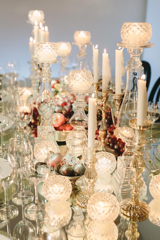 art-gallery-athens-dinner-party-luxury-mirror-dark-moody-concept-event-planner15.jpg