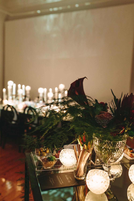 art-gallery-athens-dinner-party-luxury-mirror-dark-moody-concept-event-planner39.jpg