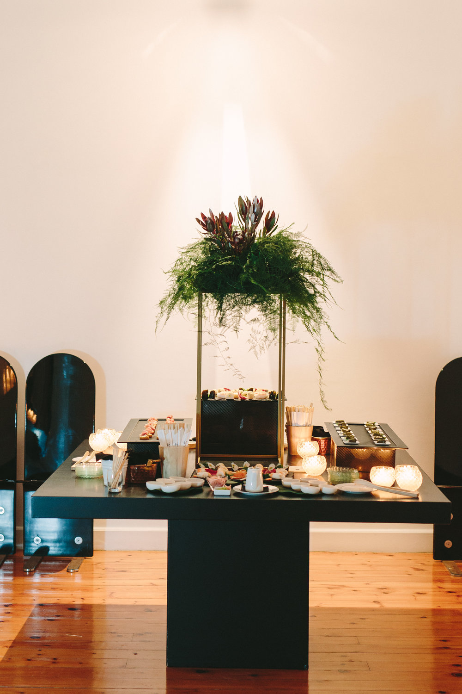art-gallery-athens-dinner-party-luxury-mirror-dark-moody-concept-event-planner48.jpg