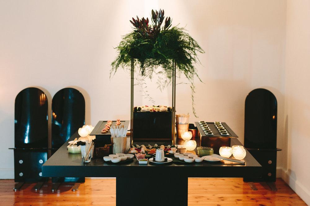 art-gallery-athens-dinner-party-luxury-mirror-dark-moody-concept-event-planner47.jpg