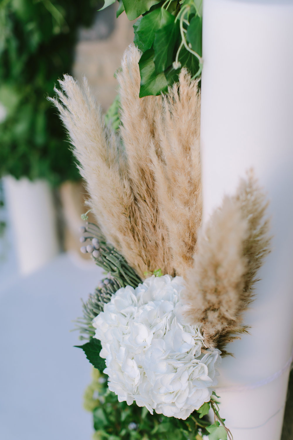 mykonos-wedding-event-planning-luxury-beach-ceremony-church-greek-islands-floral-design-pampas