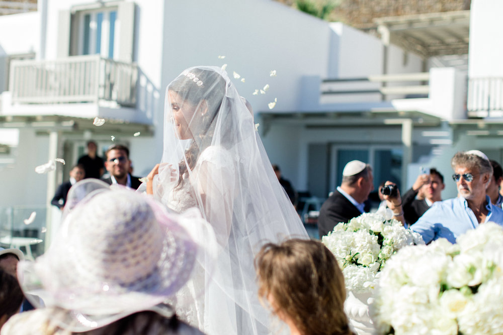 jewish-wedding-bridal-dress-lace-white-flower-petals-ceremony-chuppah-houppa-event-planning-silkentile-mykonos