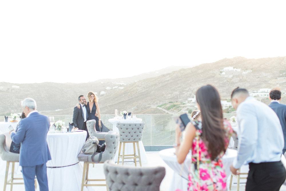 jewish-wedding-cocktail-hour-kosher-menu-royal-myconian-event-planning-silkentile-destination-island