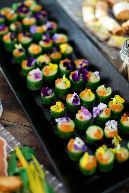 cocktail-hour-mykonian-sunset-kosher-menu-jewish-traditions-wedding-event-planning-silkentile-destination
