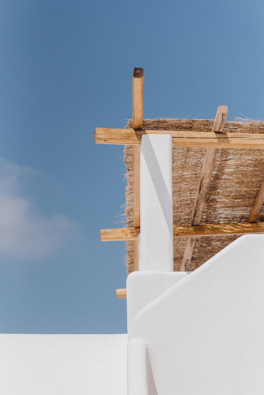 santorini-island-greece-wedding-preparation-bride-groom-rocabella-hotel-silkentile-event-planning-firm