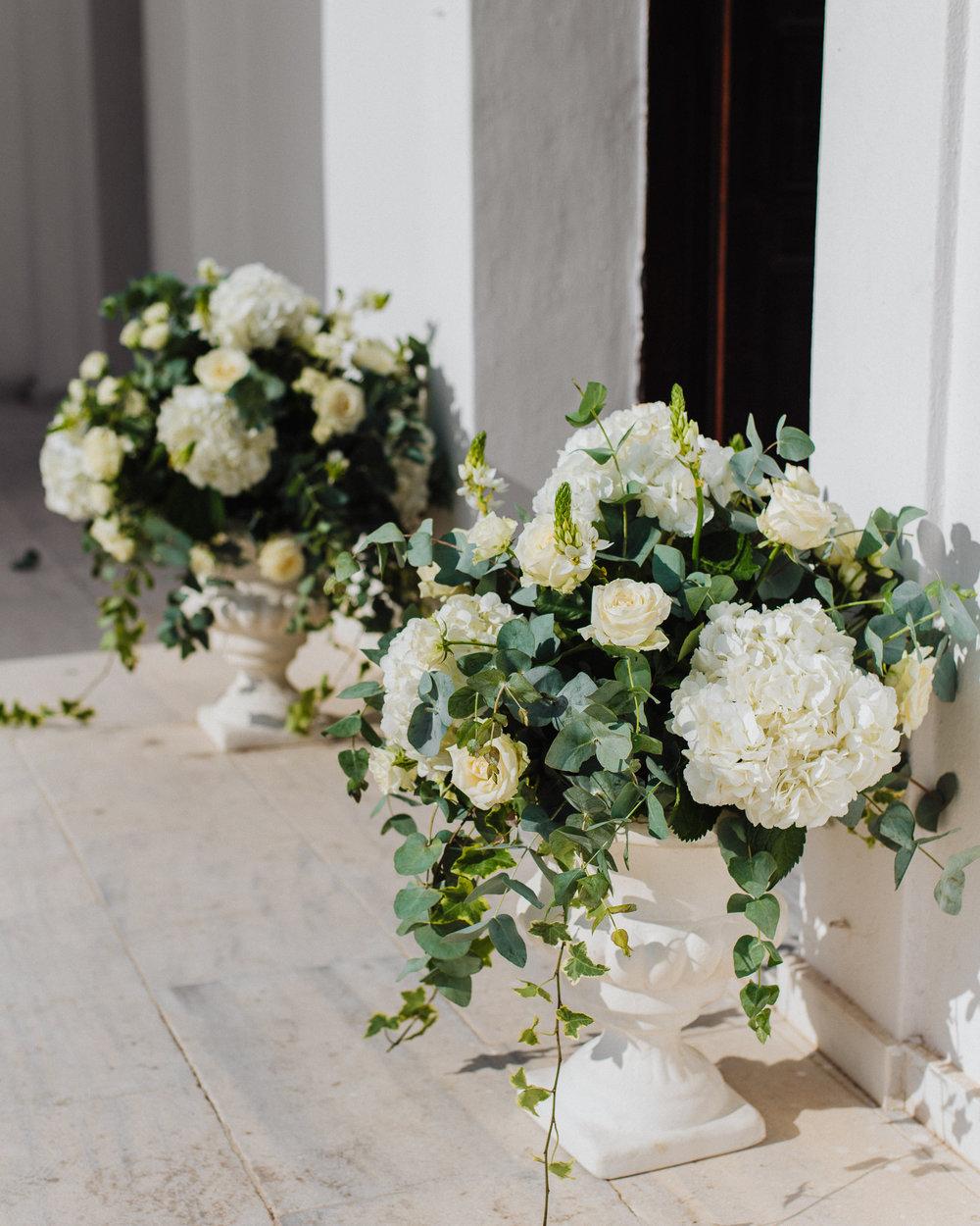santorini-island-greece-wedding-celebration-bridal-groom-bride-dinner-sunset-rocabella-hotel-silkentile-event-planning-firm