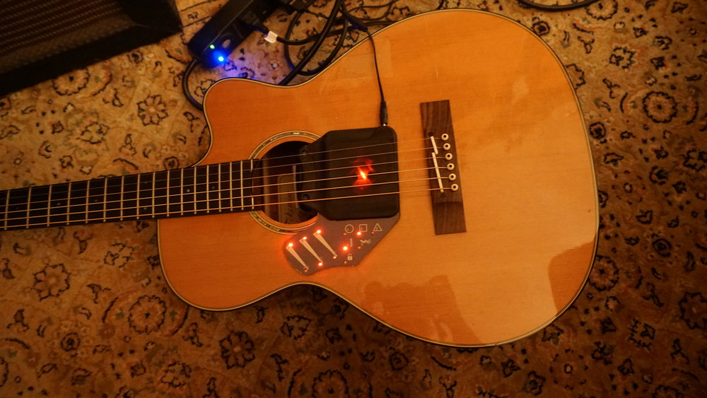 T  akamine TF740FS with Vo-96 acoustic guitar synthesizer and Tonewood amp installed.