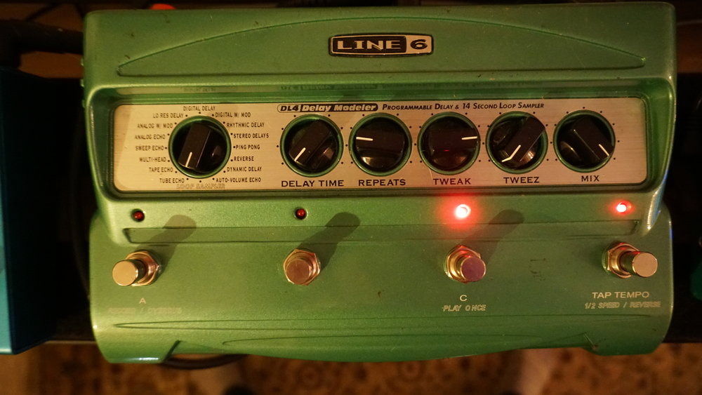 Line 6 DL4 delay and looper