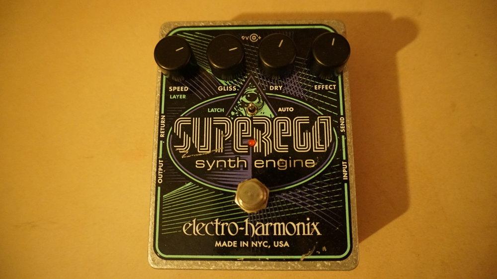 Electro Harmonix Super Ego synth pedal