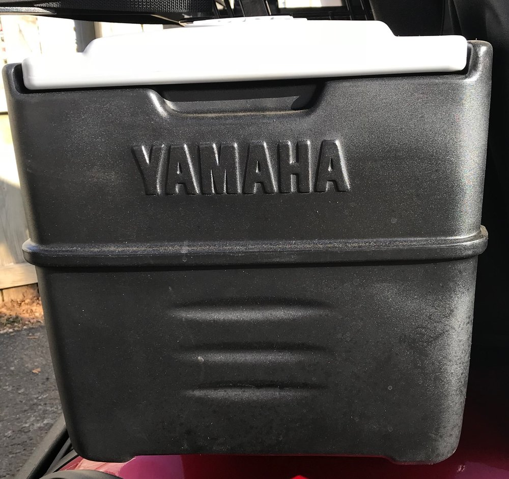 Yamaha 12 Can Cooler